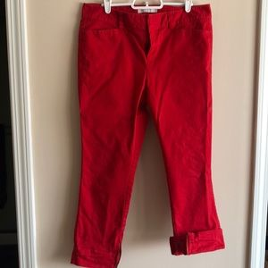 Red cropped jeans